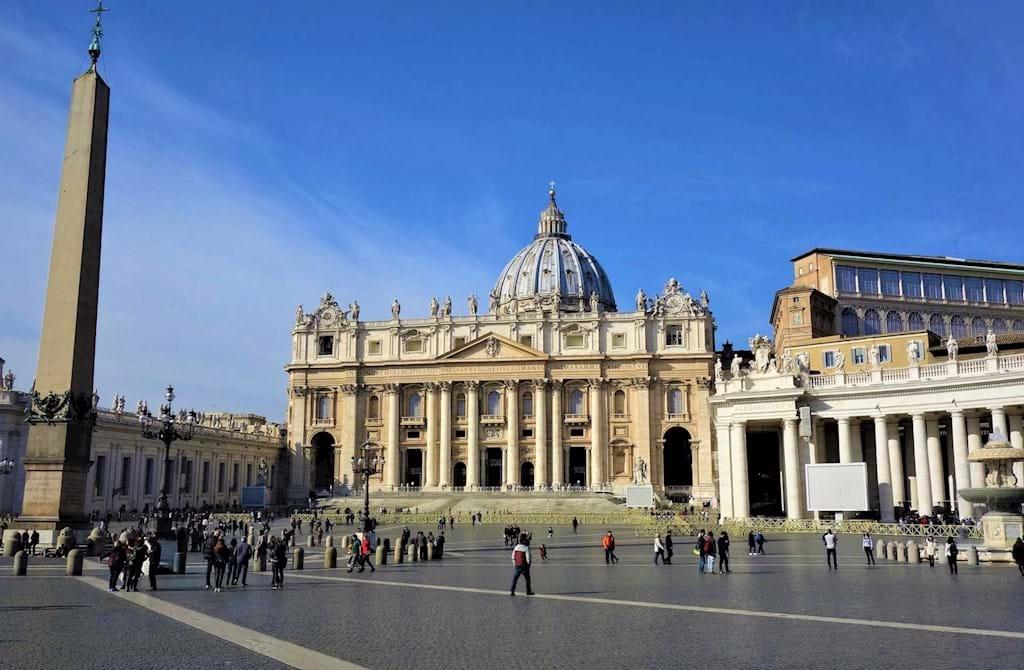 Tours Of Rome Vatican Venice Florence Milan Dark Rome