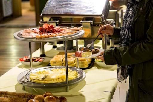Vatican Breakfast guest