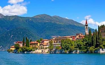 Town beside Lake Como in the North of Italy