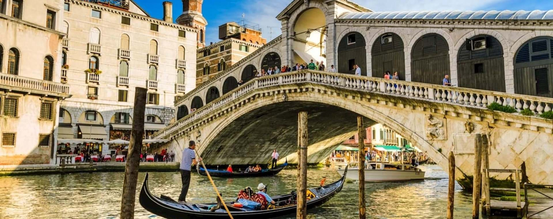 Best of Venice Tour with St. Mark's Basilica and Gondola Ride