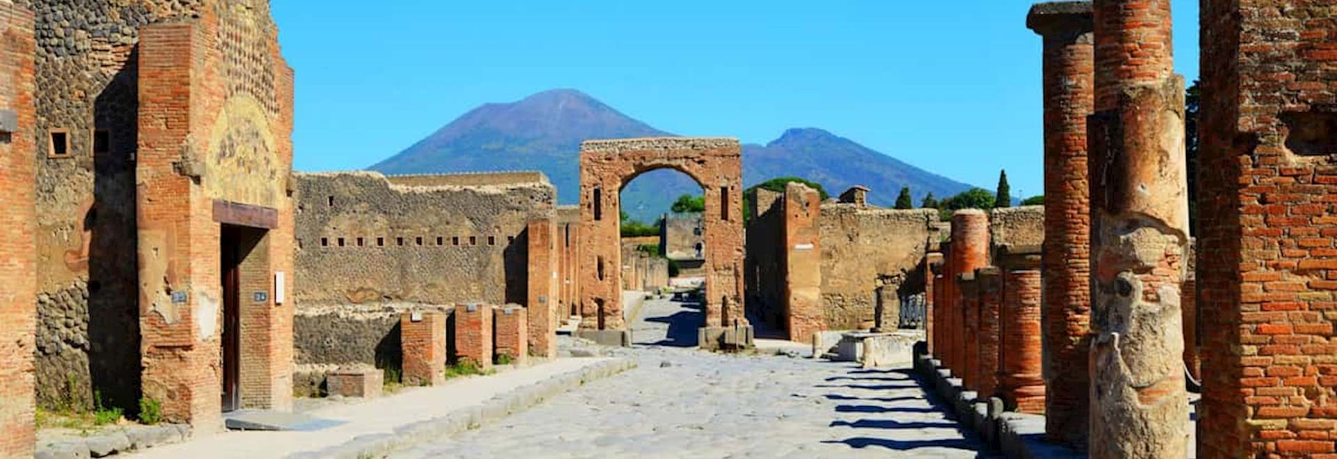 Pompeii walls and Mt Vesuvius at the back
